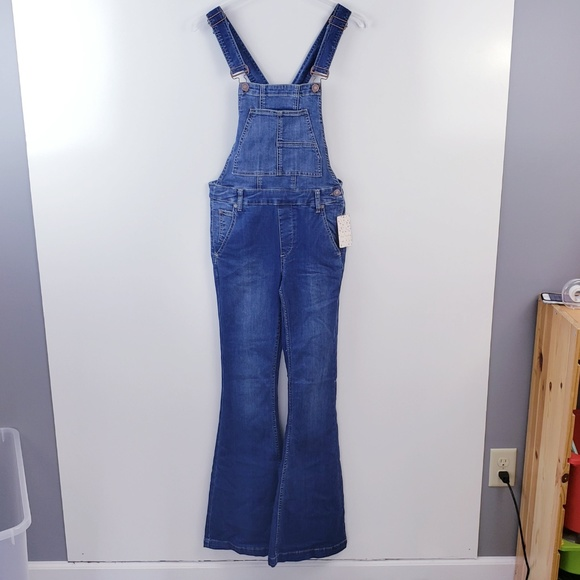 Free People Carly Flare Denim Retro Overalls Jumpsuit 26 27 $128